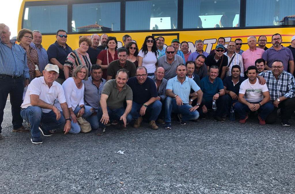 Socios de la Cooperativa Bética Aceitera en la manifestación convocada en Madrid por unos precios justos del aceite de oliva.